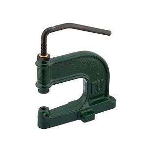 Käsijõul toimiv väike mehaaniline press materjalide augustamiseks ning ööside, trukkide ja neetide paigaldamiseks